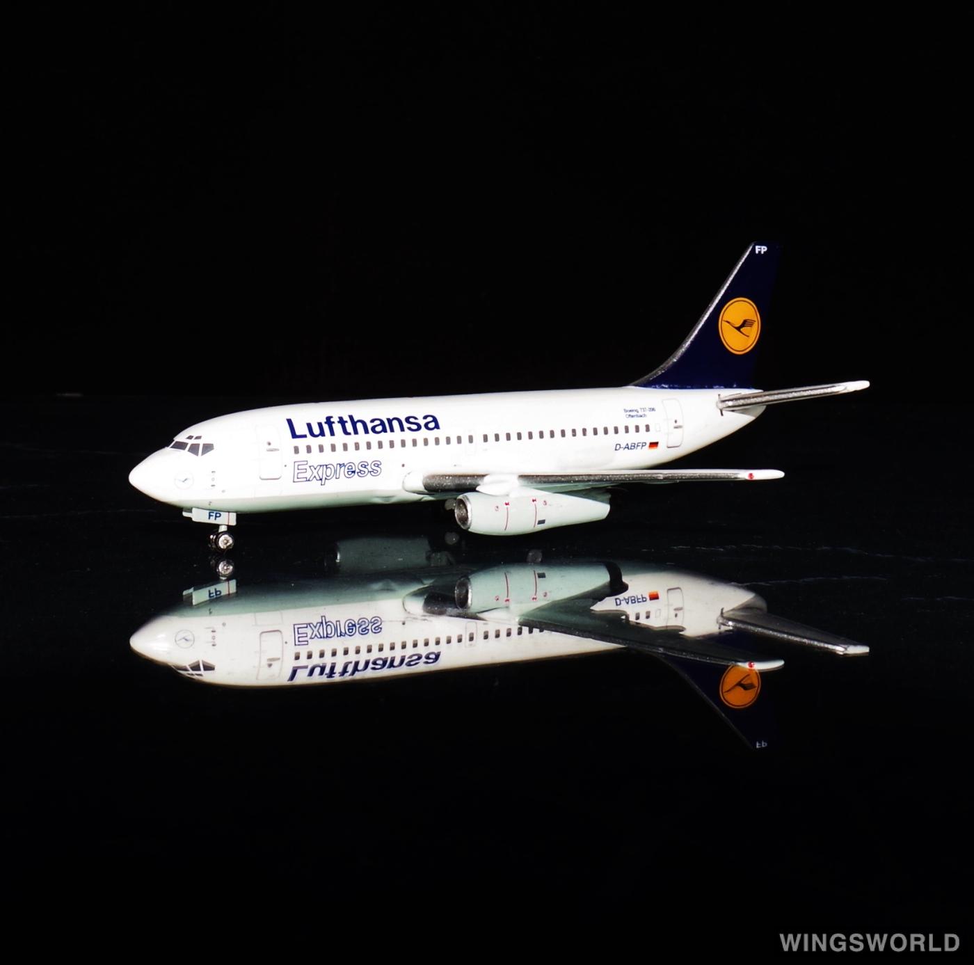 JC Wings 1:400 XX4803 Lufthansa 汉莎航空 Boeing 737-200 D-ABFP