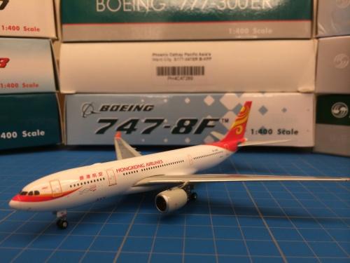 Hong Kong Airlines 香港航空 Airbus A330-200 B-LND  PHBLND Phoenix 1:400