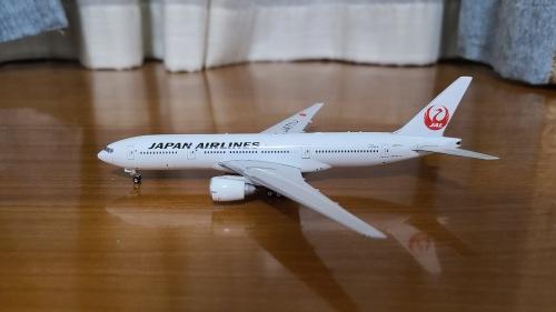 Japan Airlines 日本航空 Boeing 777-200 JA711J  PH11075 Phoenix 1:400