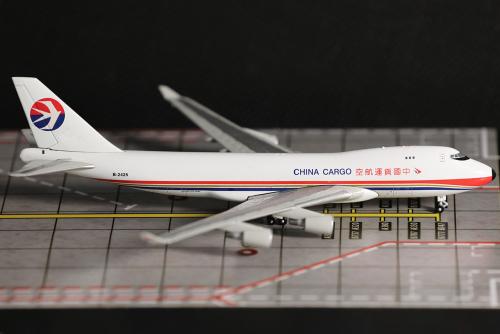China Cargo Airlines 中国货运航空 Boeing 747-400 B-2425  MGB2425 Magic 1:400