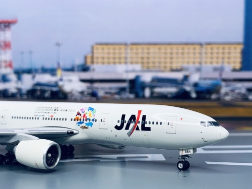 Japan Airlines 日本航空 Boeing 777-200 JA8984 环保彩绘 PH10459 Phoenix 1:400