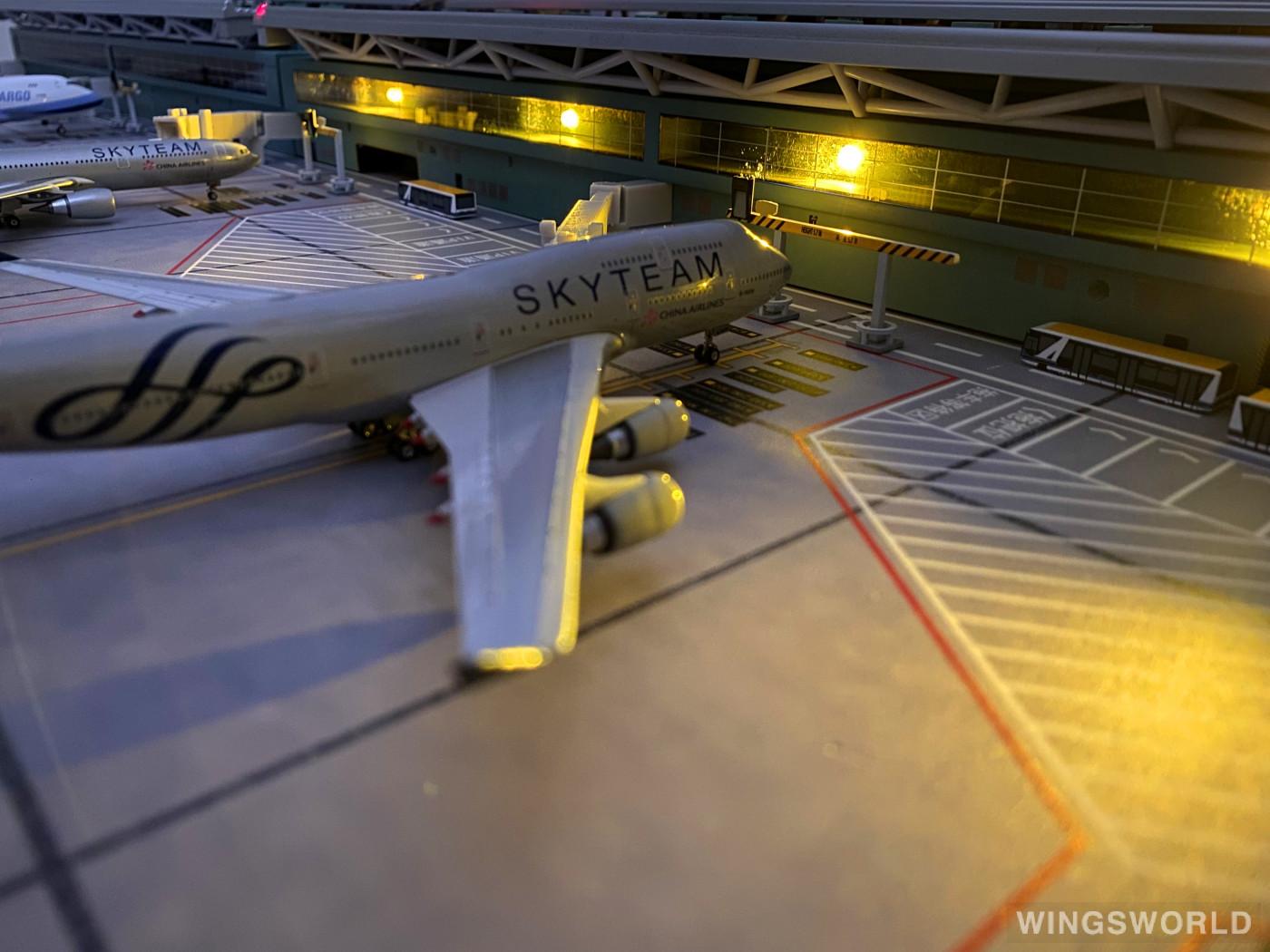 Phoenix 1:400 PH10575 China Airlines 中华航空 Boeing 747-400 B-18206