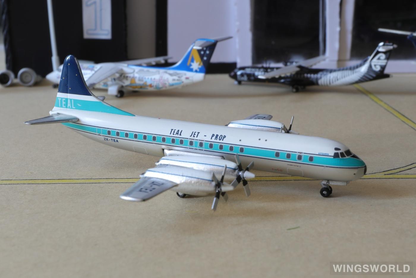 AeroClassics 1:400 ACZKTEA Air New Zealand 新西兰航空 Lockheed L-188 Electra ZK-TEA