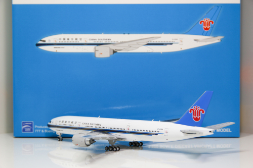 China Southern 中国南方航空 Boeing 777-200 B-2054  XX4038 JC Wings 1:400