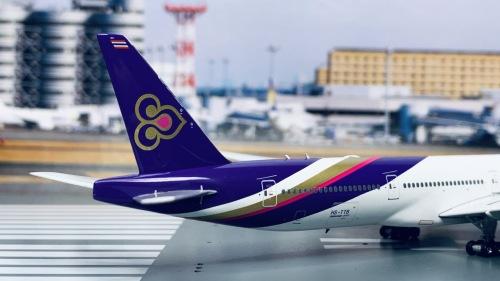 Thai Airways 泰国国际航空 Boeing 777-300ER HS-TTB  PH11678 Phoenix 1:400
