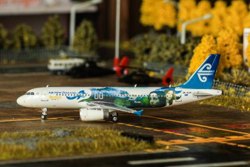 Air New Zealand 新西兰航空 Airbus A320 ZK-OJA 指环王彩绘 PH04017 Phoenix 1:400
