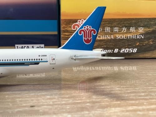 China Southern 中国南方航空 Boeing 777-200 B-2058  PH11680 Phoenix 1:400