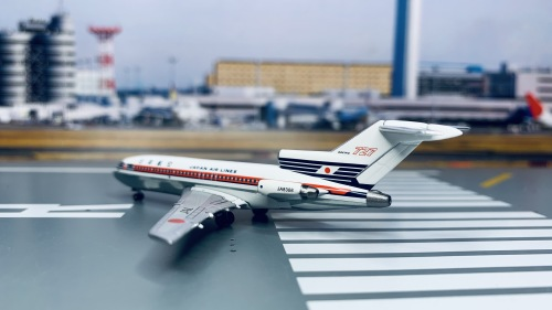 Japan Airlines 日本航空 Boeing 727-100 JA8308 1960s - delivery colors. Named