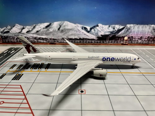 Qatar 卡塔尔航空 Airbus A350-900 A7-ALZ  NG39012 Ngmodel 1:400