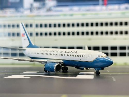 USAF 美国空军 Boeing 737-700 05-0932  HG8829 Hogan 1:400